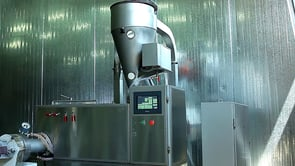 Vacuum pasta press and pasta production process